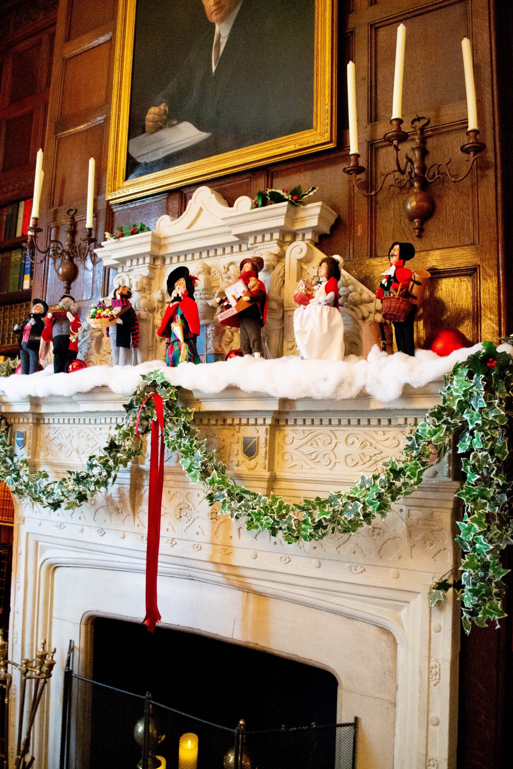 Tips for Visiting the Nemours Mansion & Gardens in Wilmington, Delaware During the Holidays